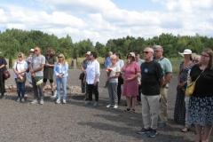 Commemoration ceremony in Šķēde-min